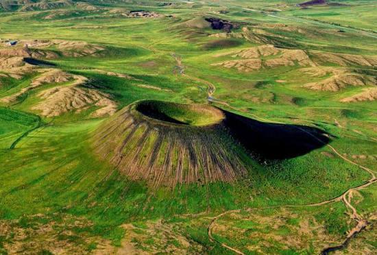 乌兰哈达火山群